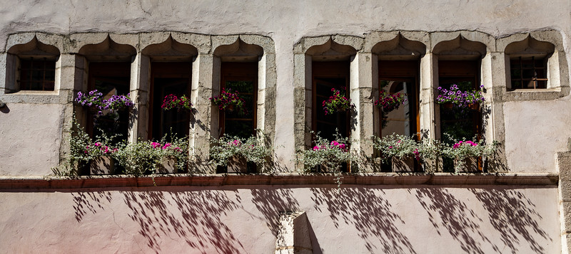 Windows in Annecy