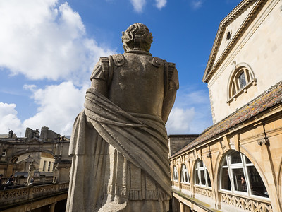 He came, he saw... a Victorian statue of Caesar at the Roman Baths.