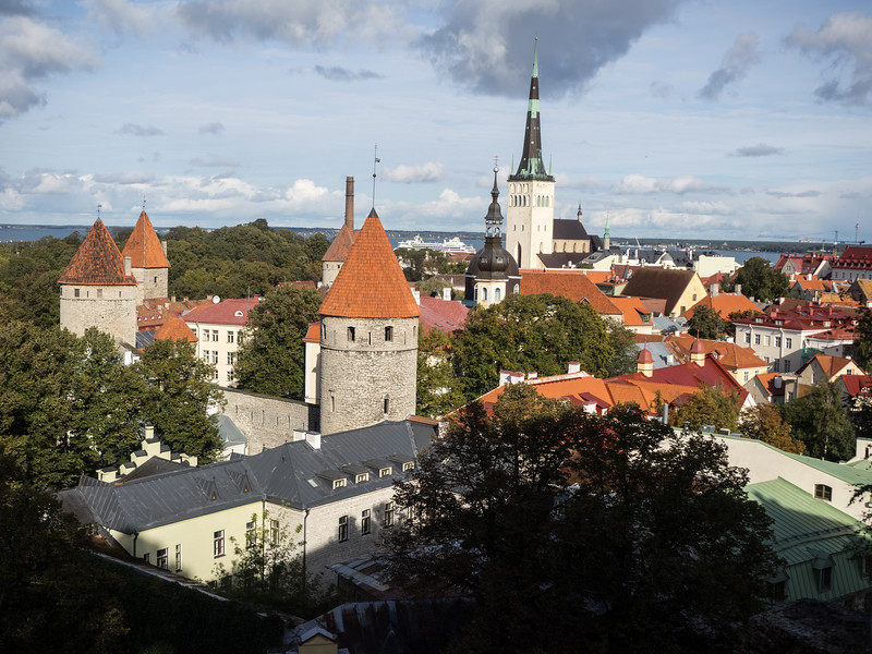 From the ferry terminal it was only a 10 minute walk to the old part of Tallinn. This is the classic view - the city walls and towers are still very impressive.