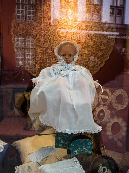 The Belgians seem to have a thing for spooky-looking dolls dressed in what I presume are Christening dresses ; I saw several of these on my travels. Lace is a traditional product found in shops in Bruges and Ghent.