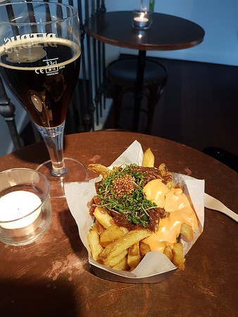 A little cafe in the centre of Ghent served this delicious Flemish beef stew with frites. Even the mayonnaise was fantastic. And the dark beer was great, too.