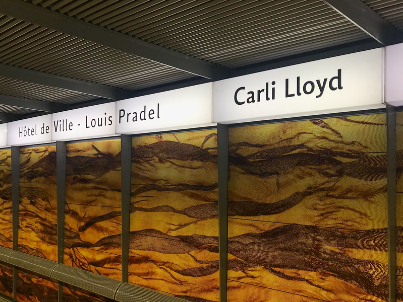 Underground Metro Stop - Carli Lloyd!?