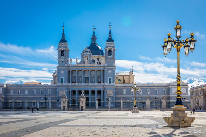Catedral de la Almudena Catedral de Santa María la Real de la Almudena