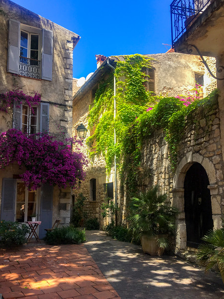 A Courtyard in Antibes