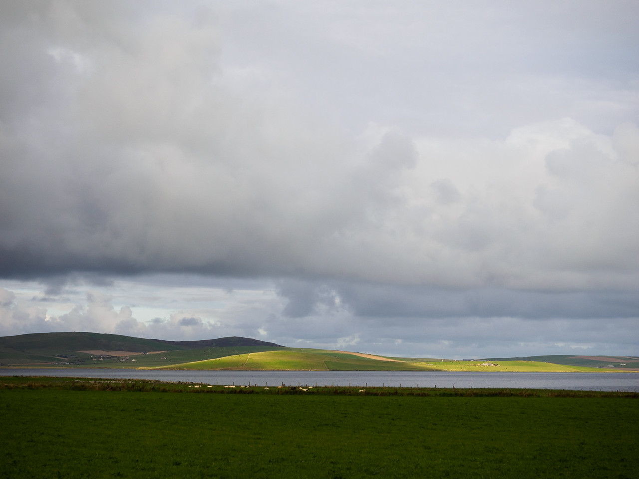 Light on the land, near the Ring of Brodgar.