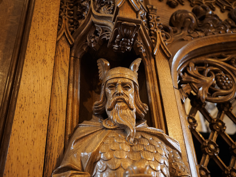 A distinctly Norse-looking carving in the cathedral.