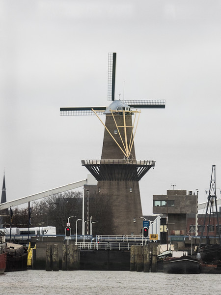 You actually do see quite a lot of windmills in Holland, it's not just a stereotype.