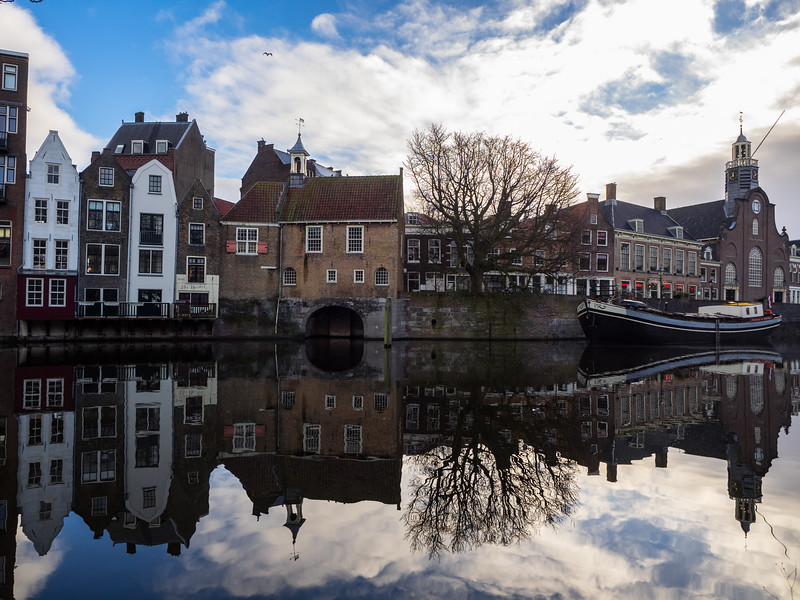 Delfshaven is one of the few area of Rotterdam that survived bombing during the war, and it still retains its original character. The Pilgrim Fathers sailed from here in 1620 on the Speedwell, later transferring in England to the Mayflower.