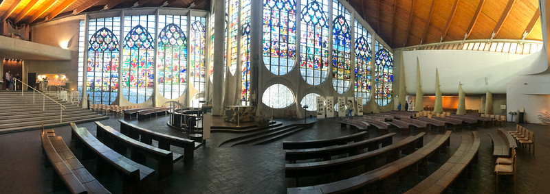 Église catholique Sainte-Jeanne-d'Arc