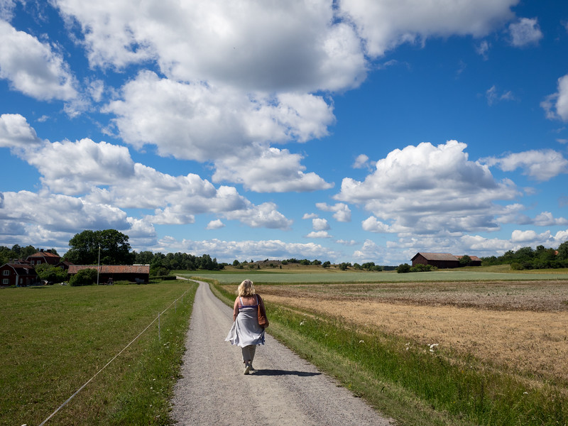 Eina  walking towards the clouds...