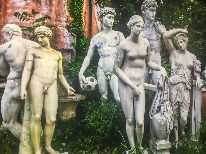 The Land of Lost Naked Statues