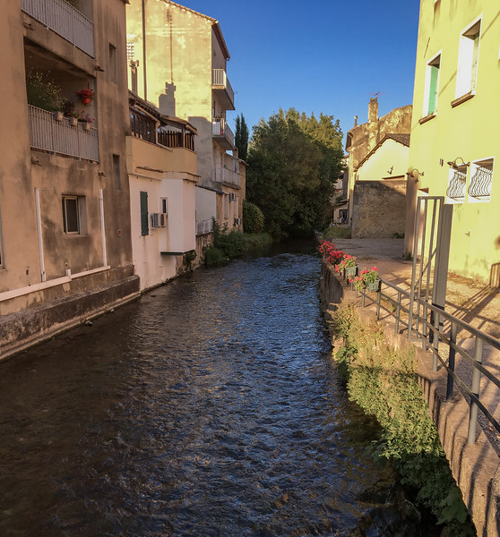 Le Meyne - A Small River that Runs Through Orange