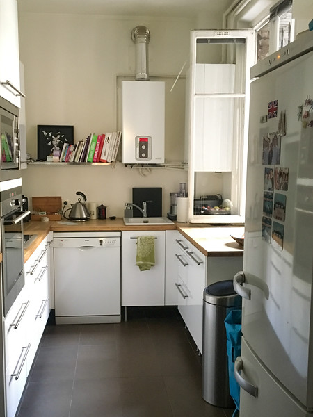 Paris AirBnB - Shared Kitchen