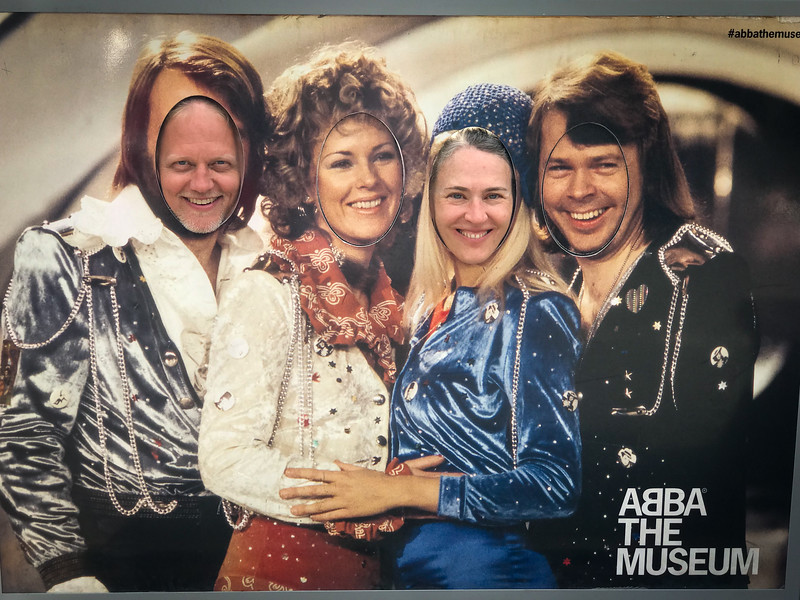 Look Fernando, it's ABBA!