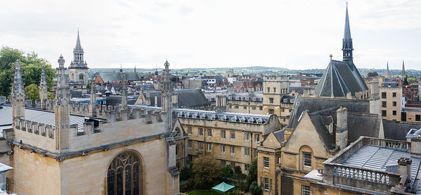Lincoln College (left) and Exeter College (right)