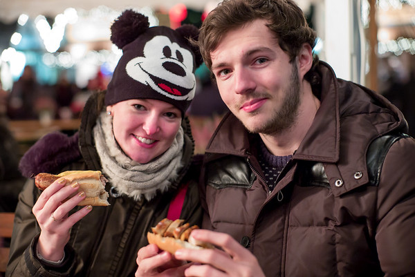Marie-Luise & Dan ... and bratwurst