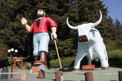 """Trees of Mystery"" is also a privately owned park with some nice trails through some interesting old growth forests.  At the parking lot you are greeted by Paul Bunyan and his companion blue ox Babe.  To get a sense of scale, be sure to notice Teddie sitting on the stump below Paul."