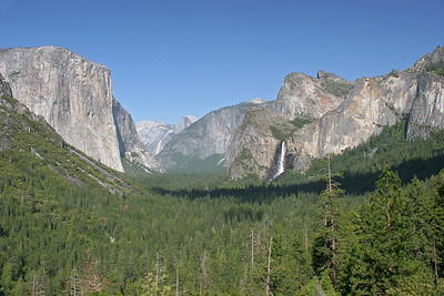 The classic view of Yosemite as one arrives in the valley from the west.