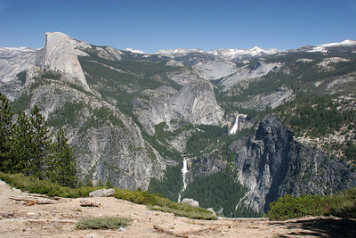 Half Dome and the Little Yosemite Valley with Vernal and Nevada Falls, seen from the lookout near Glacier Point.