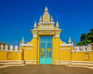 The Victory Gate, used only by the royal family and visiting dignitaries, part of the Royal Palace and Silver Pagoda compound.