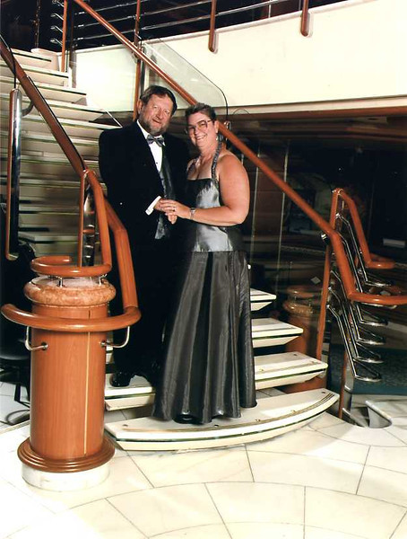 2006-cruise-5-firstformalnight