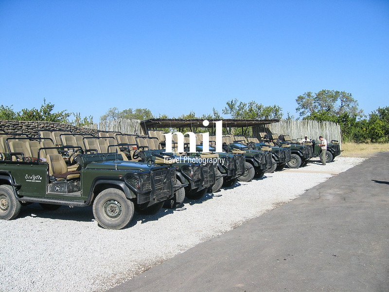 Jeeps lined up prior to a Safari