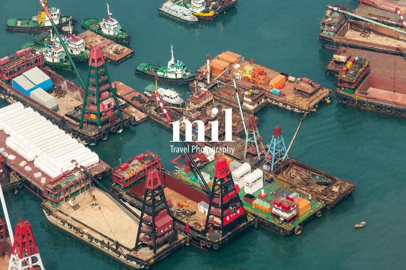 Working Vessels in Hong Kong Harbour
