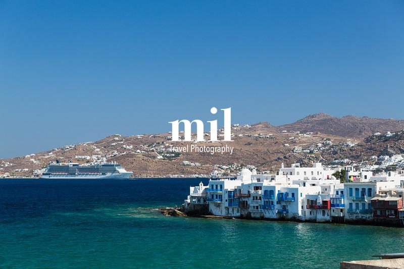 Cruise ship in Mykonos