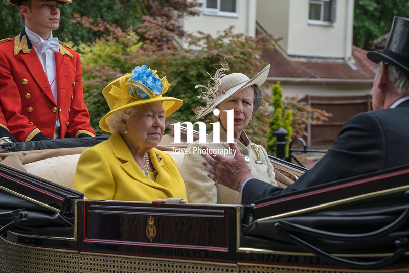 Queen and Princess Anne en route to Royal Ascot 2018