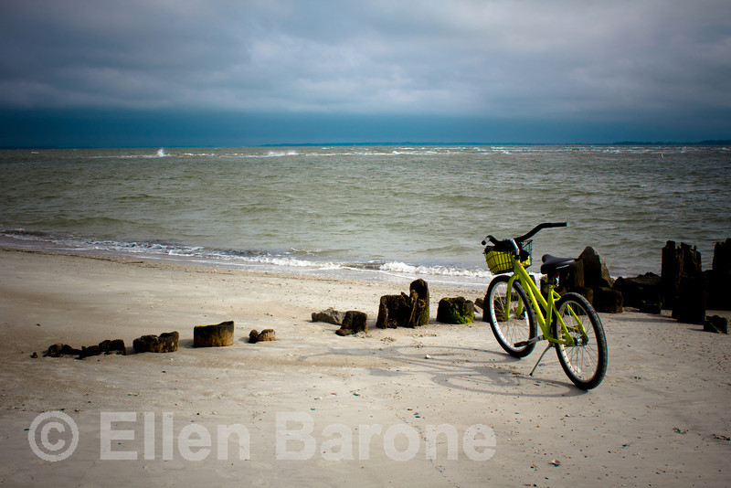 A great way to explore Hilton Head Island is by bicycle, Hilton Head Island beach, South Carolina, USA, North America.