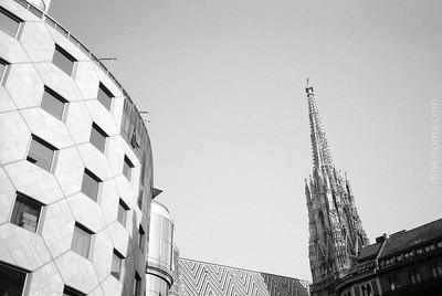 1995-02 Vienna Calling