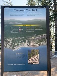 Cleetwood cove trailhead to access the lake