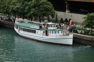 Our boat tour with the Chicago Architecture Foundation was a terrific introduction to the city