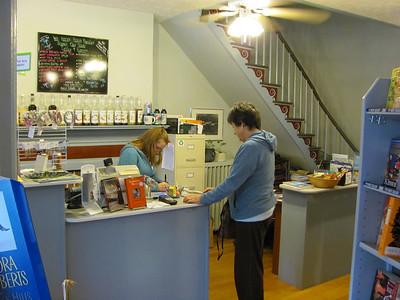 Boonsboro WV -- Nora Roberts Bookstore -- 10-5-2010