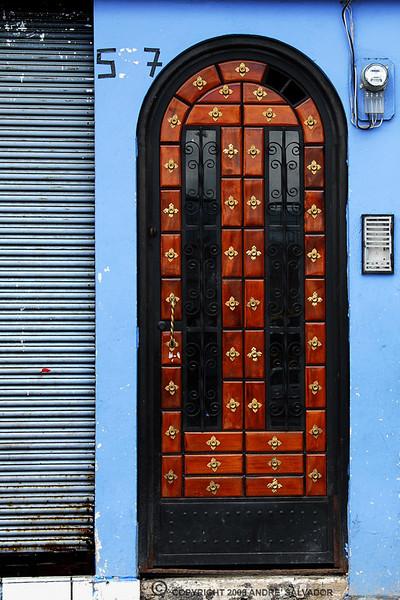 Otavalo Market<br /> <br /> An Otavalo doorway