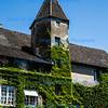 Tourmus, Burgundy