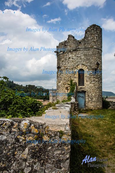 Ruined tower, Viviers