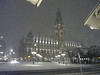P1190117 Town Hall (Rathaus) snowing
