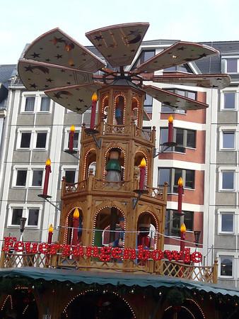 2011 Leipzig Christmas Market and city