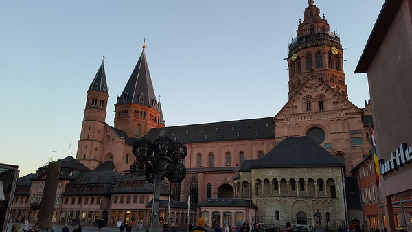 Dom (Mainz Cathedral)