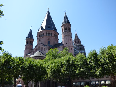 various views of the Dom (Cathedral)