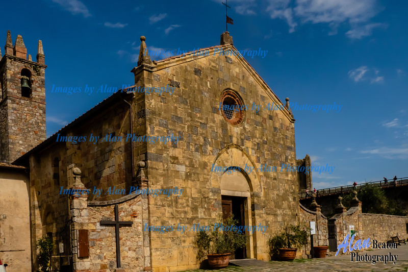 Church of Santa Maria Assunta, Monteriggioni