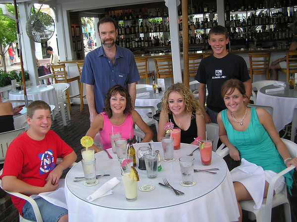 Lunch at a restaurant on one of Keys on our way to Key West.<br /> <br /> Jason Spector, Dianne Anderson (Casey's mom), Casey, cousin Jamie Gallagher and standing, Joel Feldman (Casey's dad) and Brett Feldman (Casey's brother)