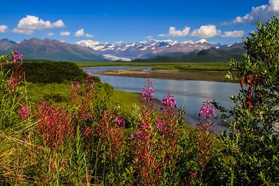 Maclaren River on Denali Hwy