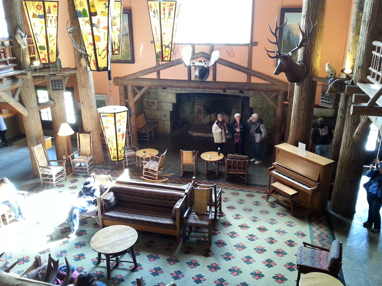 Lake McDonald Lodge-lobby