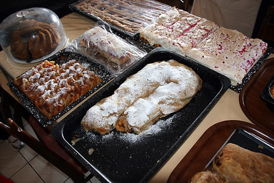 Austrian pastries, including the long, curved apple strudel under powdered sugar, available at our eating stop on the SOM tour.