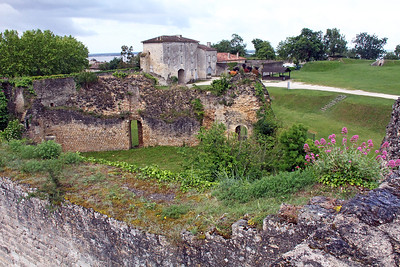 View back into the citadel interior from up on the walls.
