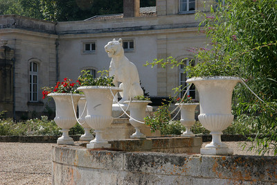 Front steps, Chateau Filhot.