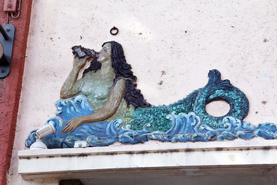 A closer look at the mermaids.