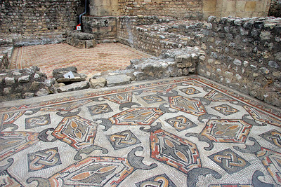 The villa was rediscovered in 1827, and dates from about 2-300 AD